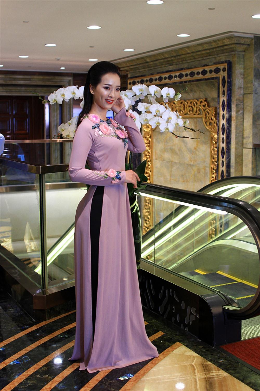 Áo dài của nhà may nhà thiết kế Sỹ Hoàng