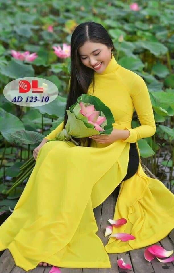 áo dài vàng cúc trơn đẹp