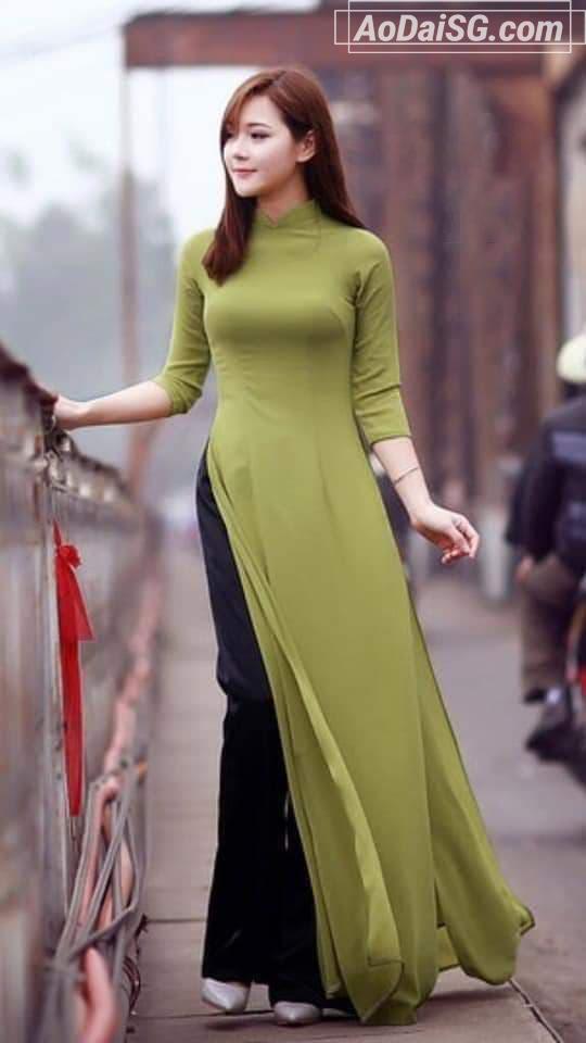 áo dài xanh rêu thuê giá rẻ