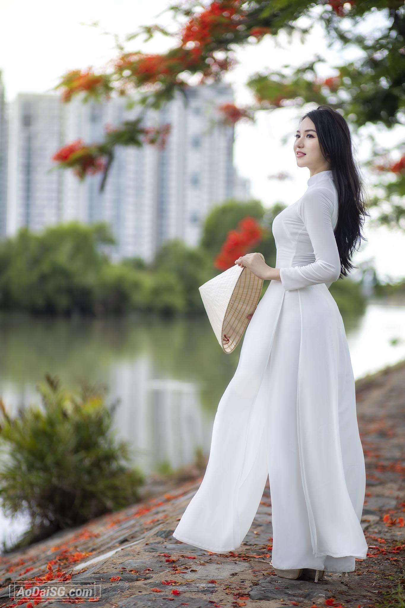 Chup hinh Ao Dai Hoa Phuong tai tphcm