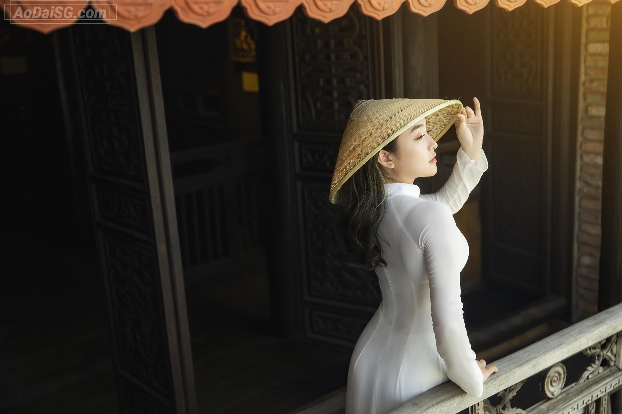 Anh Ao Dai Trang Bao Tang Thuoc Fito